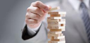 ریسک سرمایه گذاریها را به حداقل برسانید